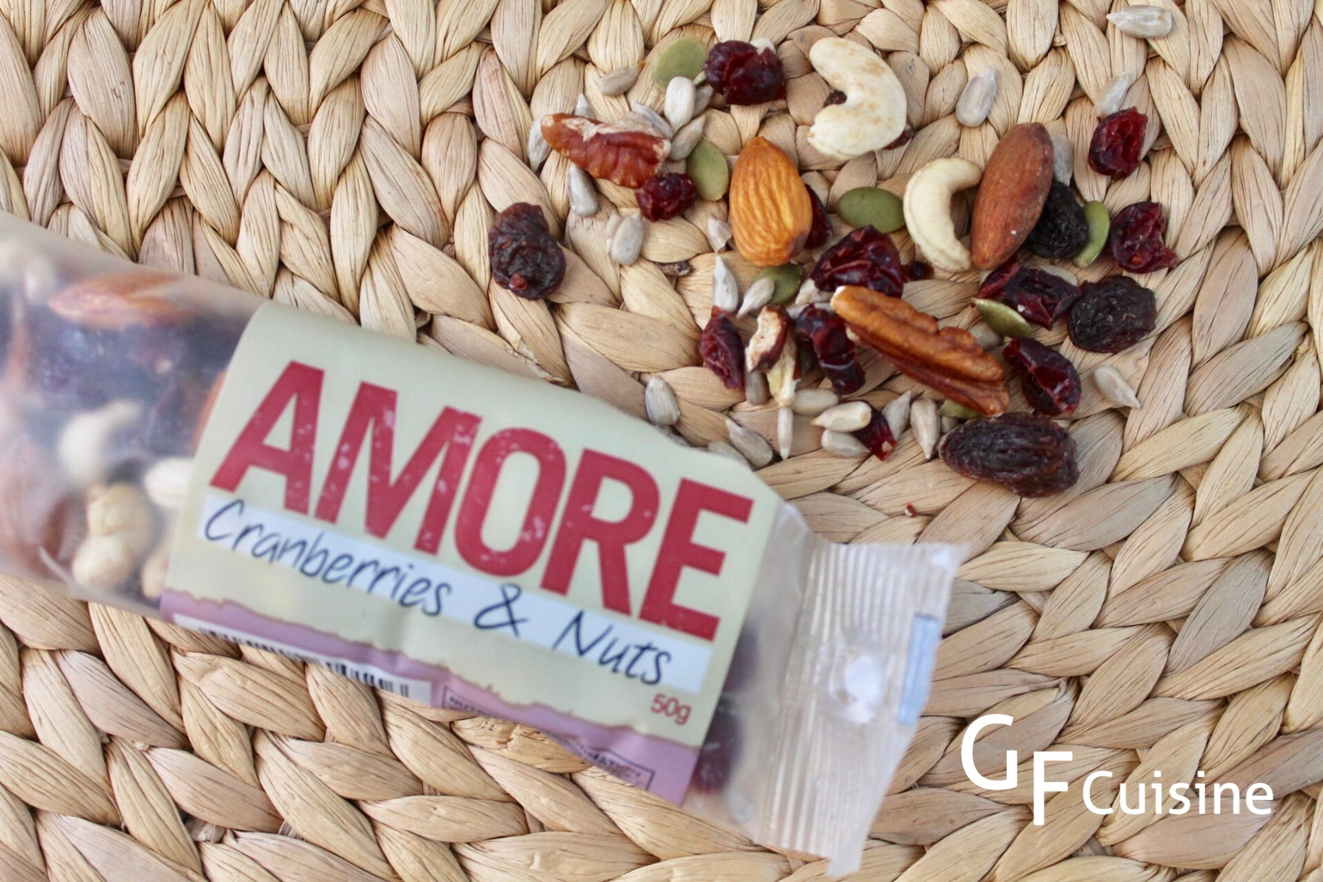 Amore Cranberries & Nuts