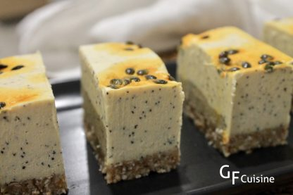 RAW Passionfruit Cheezcake slice
