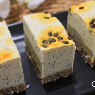 Passionfruit Cheezcake RAW slice